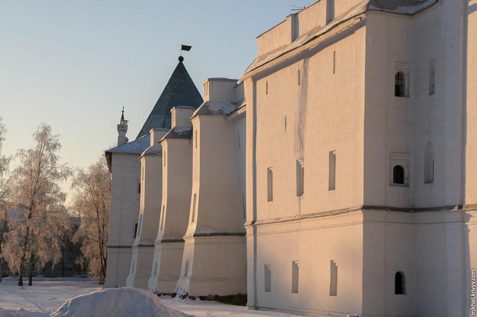 Архиерейский двор (Вологодский Кремль).
