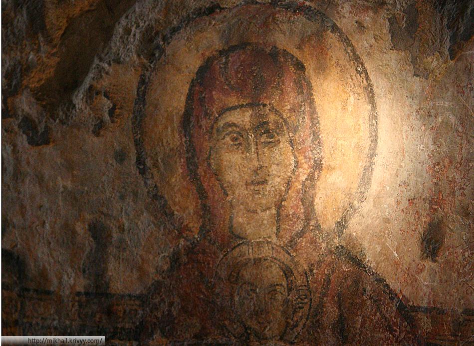 Улыбающаяся Дева Мария. Каппадокия. Турция.