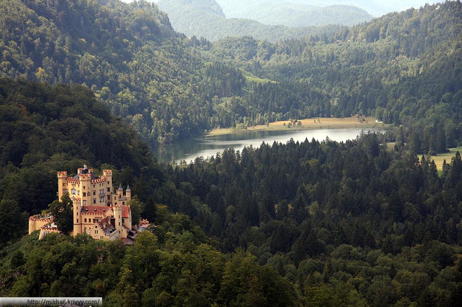 Альпийское озеро. Замок Хоэншвангау.