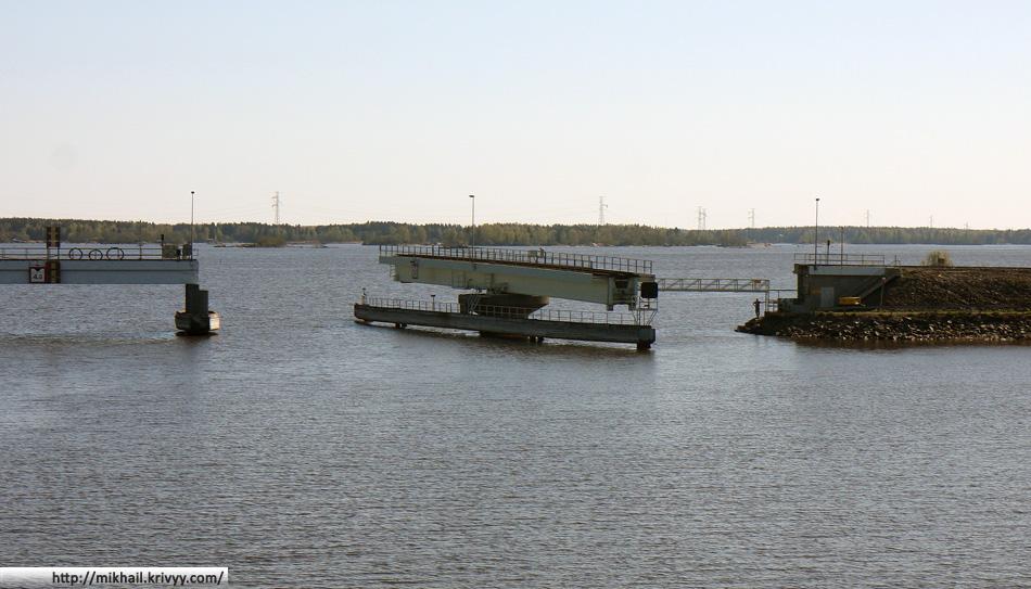 Разводной железнодорожный мост. Эта железнодорожная ветка соединяет Пори и порты в районе полуострова Репосаари (Reposaari)