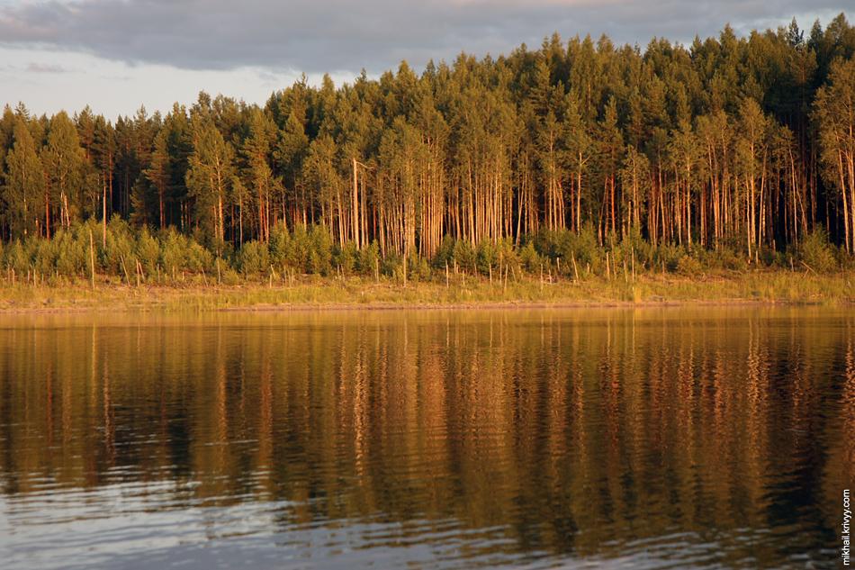Закат на озере Клетно