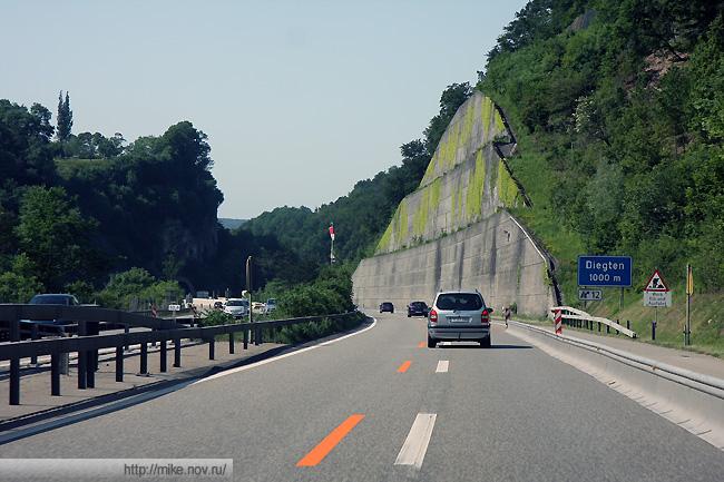 E25 на подъездах к Базелю. Выемки и тоннели.