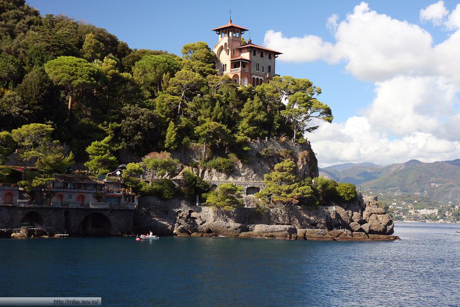 Скала у бухты Портофино (Portofino)