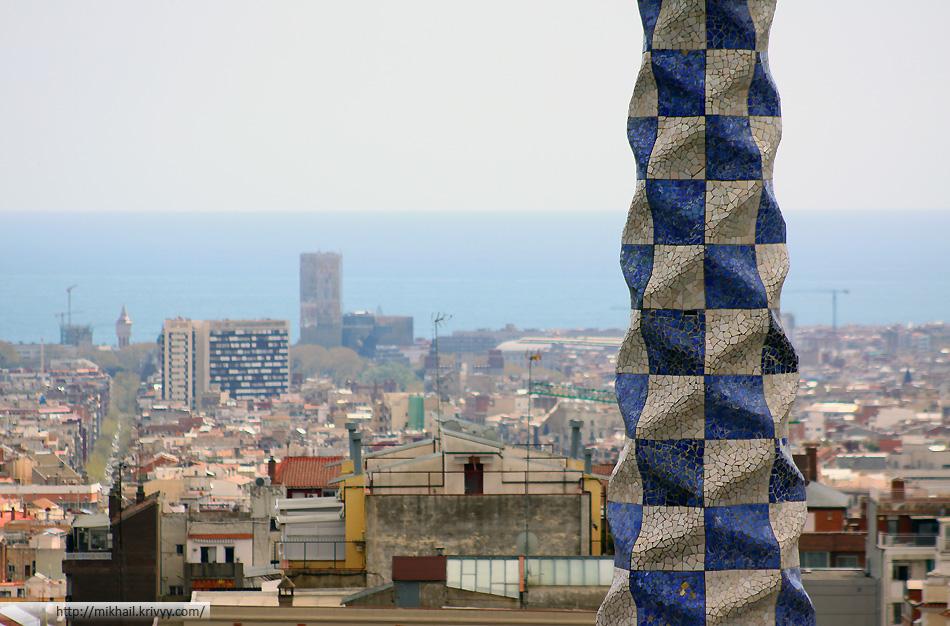 Крыши Барселоны. Вид из парка Гуэля