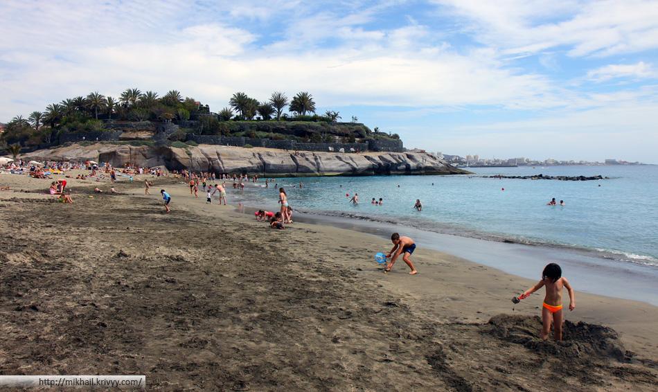 Пляж Дель Дюк. Playa Del Duque. В первый день был штиль.