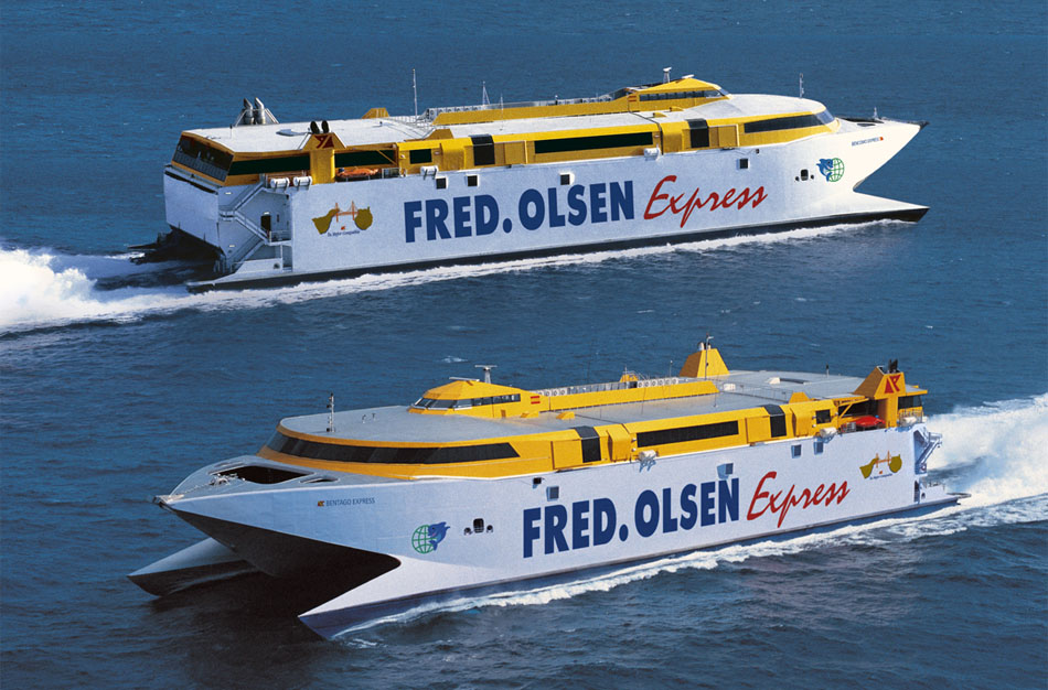 Fred Olsen express. Источник - http://www.panoramio.com/photo/384392