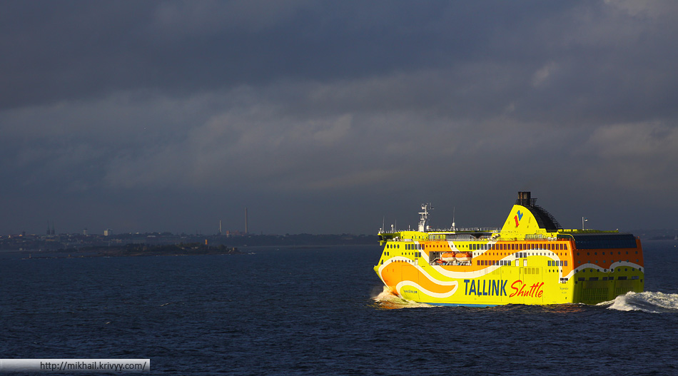 Tallink MS Superstar подходит к Хельсинки.