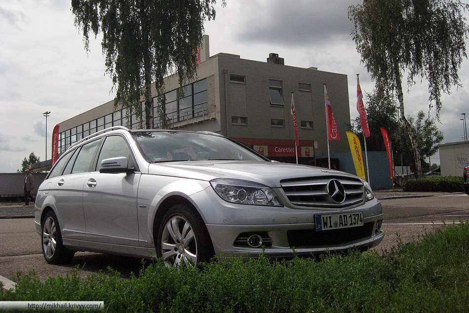 Тот самый представитель немецкого автопрома - Mercedes C220. После этой поездки я понял что никогда не куплю себе Мерседес.