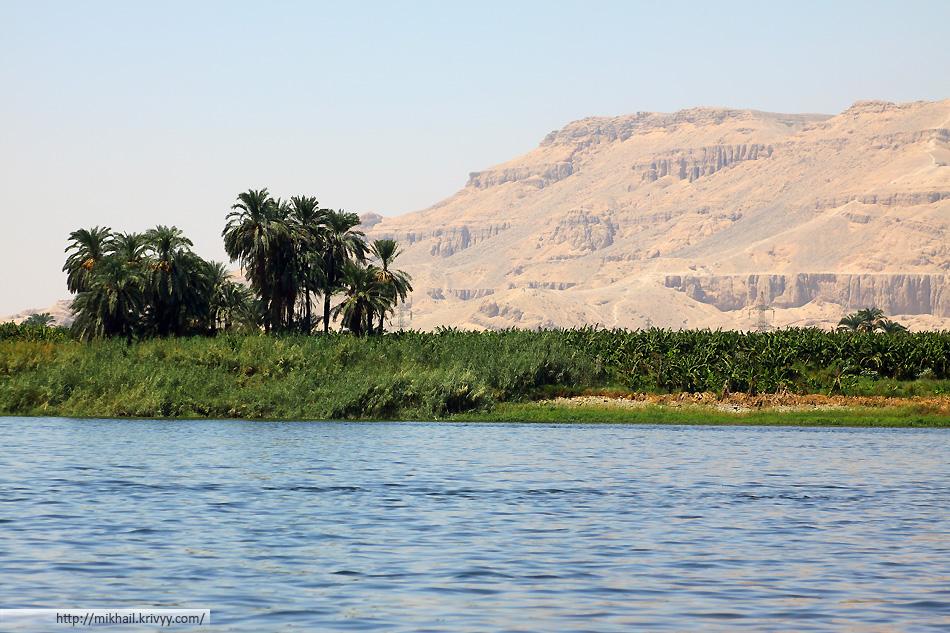 Именно этот кадр ассоциируется у меня не только с Луксором, но и с Египтом в целом.
