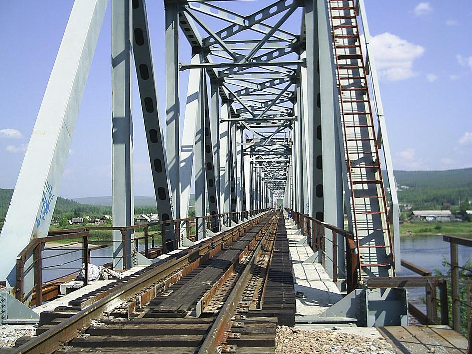 Мост через реку Алдан. Амуро-Якутская железнодорожная магистраль.