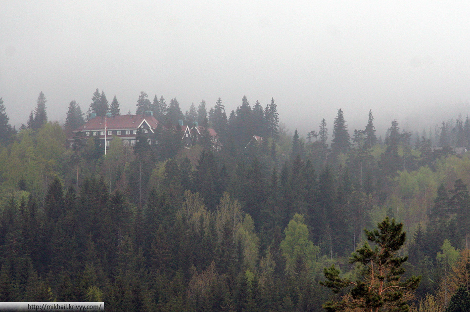 Холменколлен (Holmenkollen).