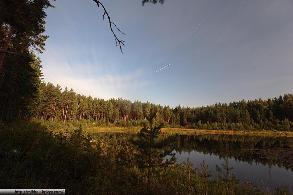 Озеро Съезжее. Лунная ночь. Выдержка около 1 часа.
