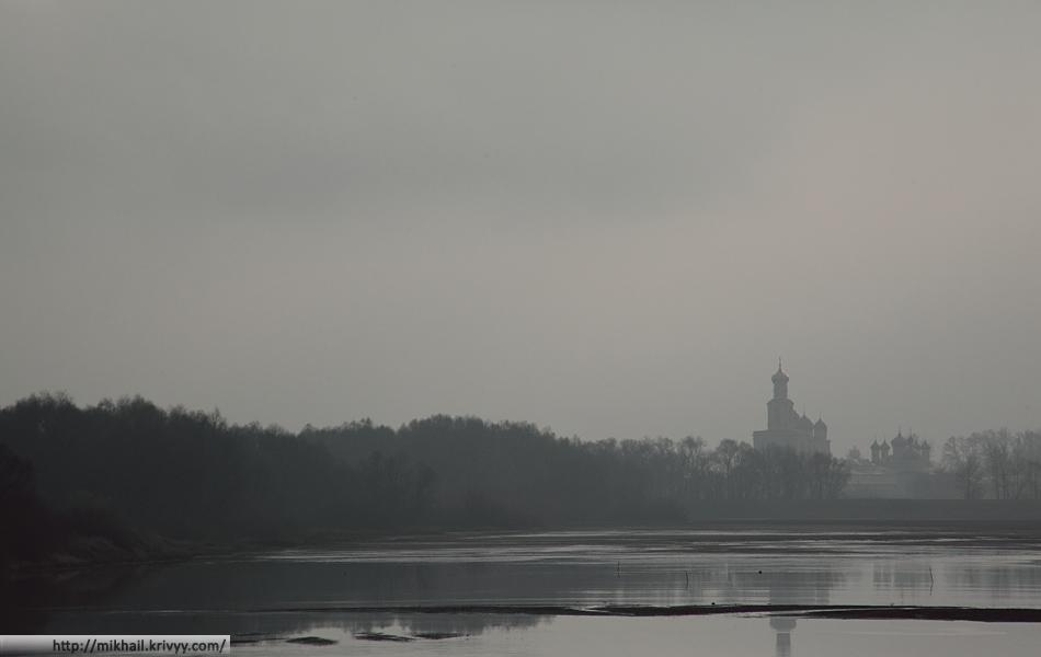 Юрьевский монастырь. Гребной канал. Есть что углублять.