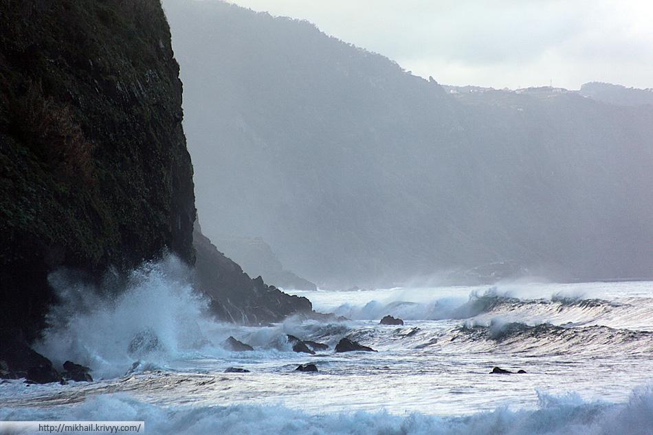 В северной части волны поболе будут.