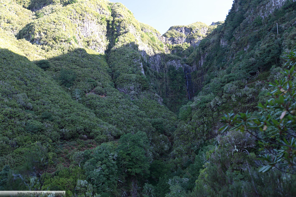 Горы, водопады. Мадейра одним словом.