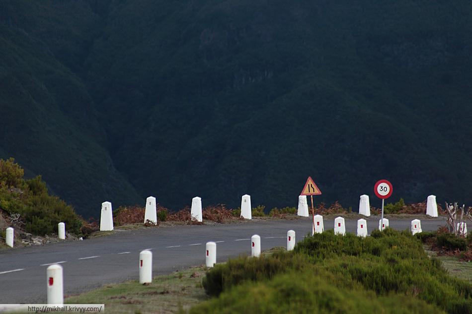 Вершины гор западной части Мадейры иногда напоминают холмы севера Англии.