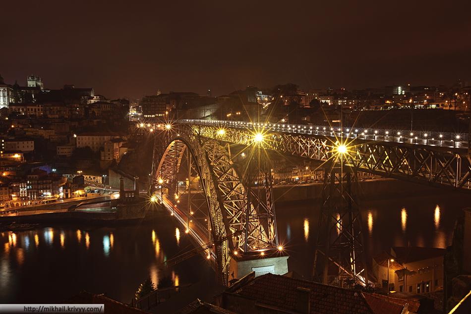 Мост Понте-де-Дон-Луиш (Ponte de D. Luís). Вид со стороны Вила-Нова-ди-Гая.