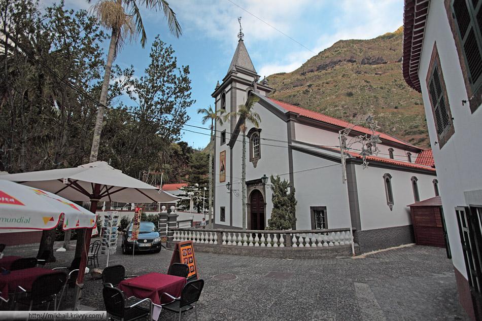 Церковь в Сао-Весенти (Sao Vicente).