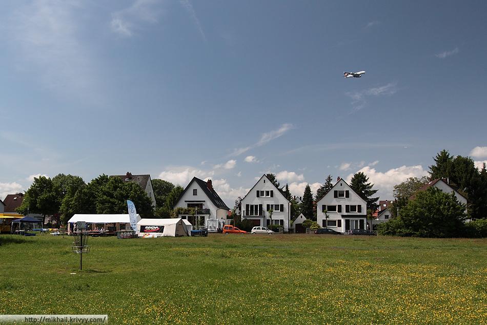 24 корзина. Рюссельсхайм. Airbus A380. Из-за близости домов, у этой корзины не разрешается тренировать пат.