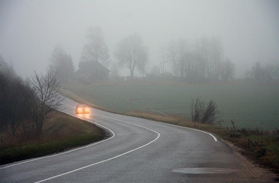 Латвия. Автодорога Огре - Сигулда. Разрешенная скорость - 90 км/ч.