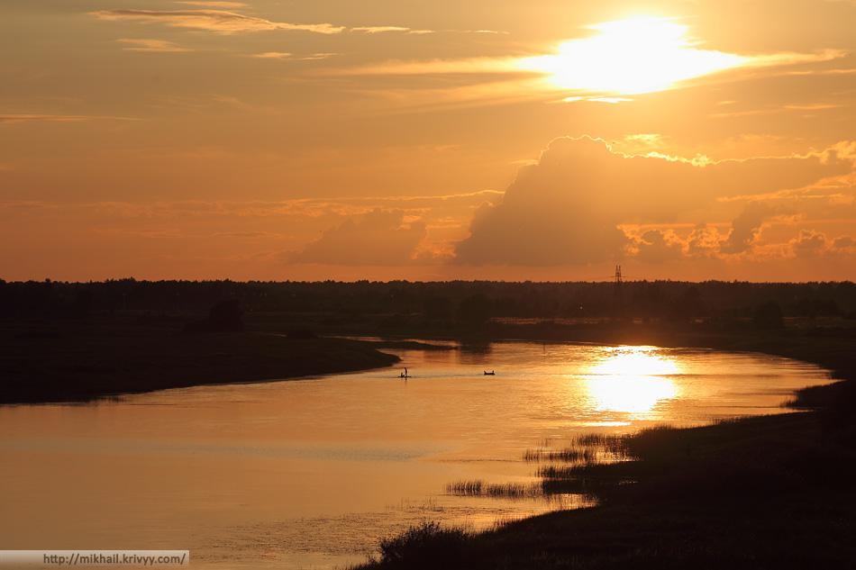 Лето. Река Мшага. Шимский район.