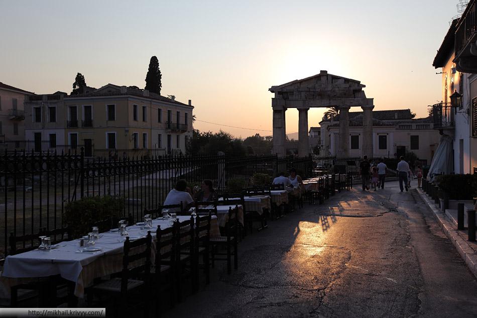 Район Тисио. Афины. Северный склон Акрополя.
