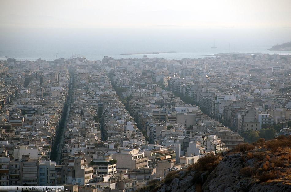 Каллифея - город плотно приросший к Афинам с юга. Самая густонаселенная часть агломерации Афины.