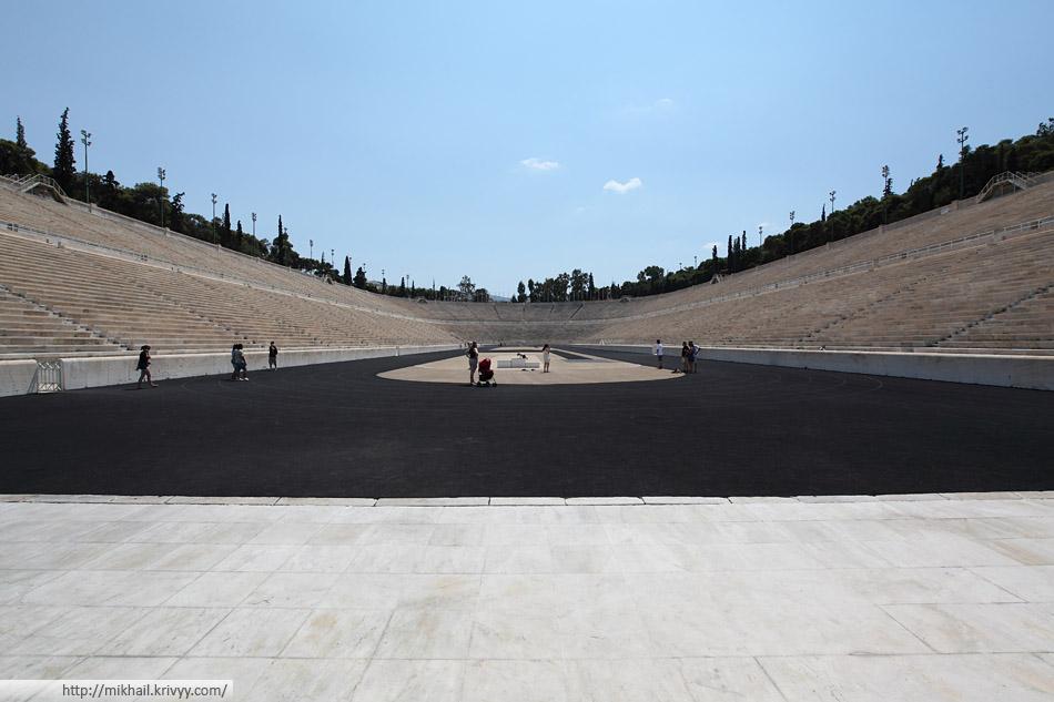 Стадион Панатинаикос. В 2004 году стадион стал одной из спортивных арен Афинской Олимпиады. Он был местом проведения соревнований по стрельбе из лука.