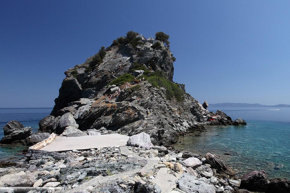 Монастырь Agios Ioannis Prodromos. Остров Скопелос (Skopelos)