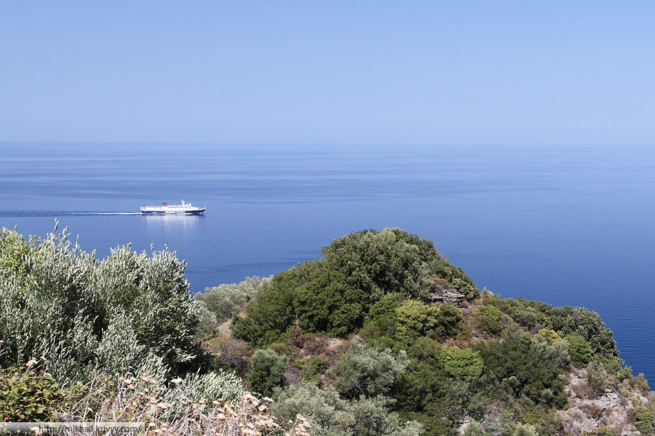 Express Skiathos компании Hellenic Seaways. 1410 пассажиров и 250 машин. Волос (Volos) - (Скиатос) Skiatos - Скопелос (Skopelos) - Алонисос (Alonisos)