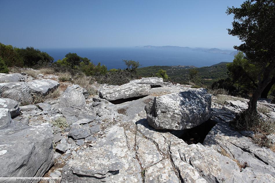 Гробницы Сендоукия. Остров Скопелос (Skopelos)