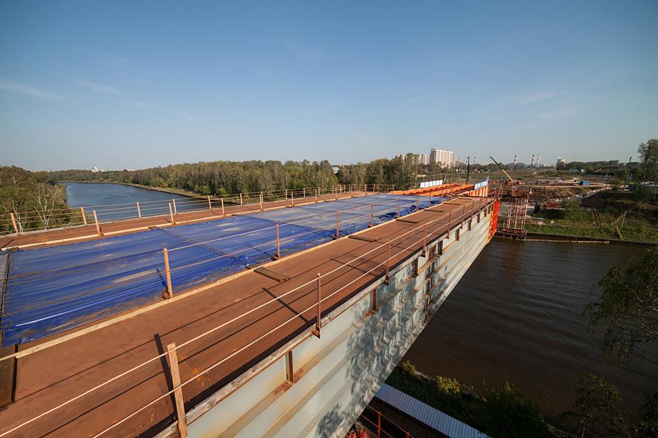 Мост через канал им. Москвы. Москва. 12 сентября 2012 года. Фото с сайта http://msp-highway.com.