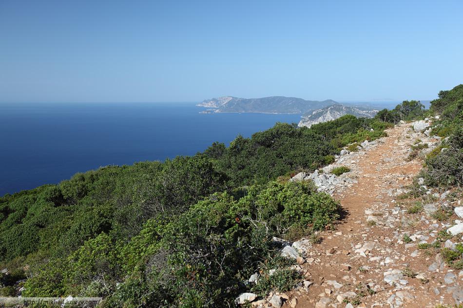 С горы Ваис (Vais) открывались отличные виды на Эгейское море и остров Алонисос.