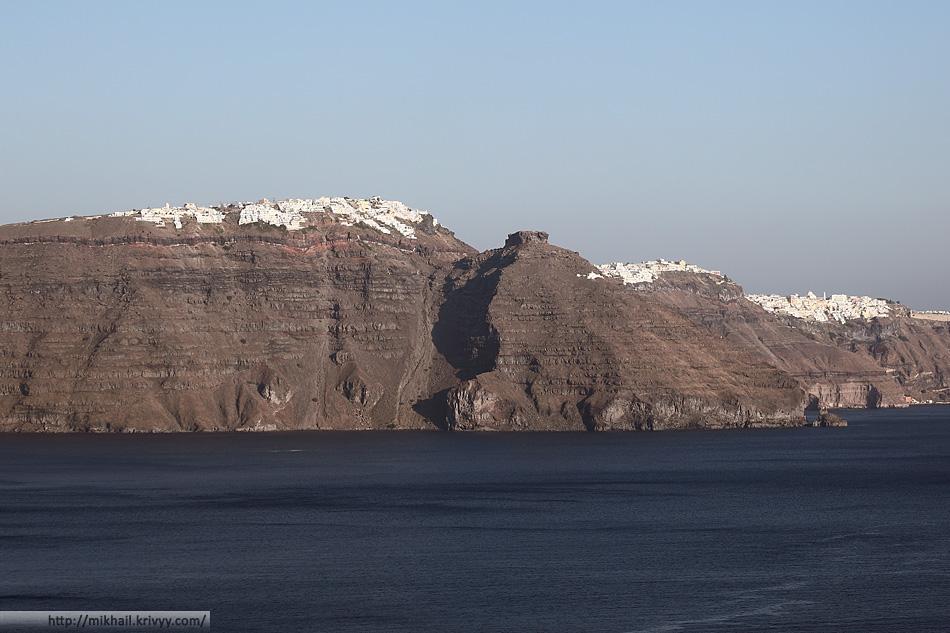 Фира, Санторини, Греция. Вид из Ойи.