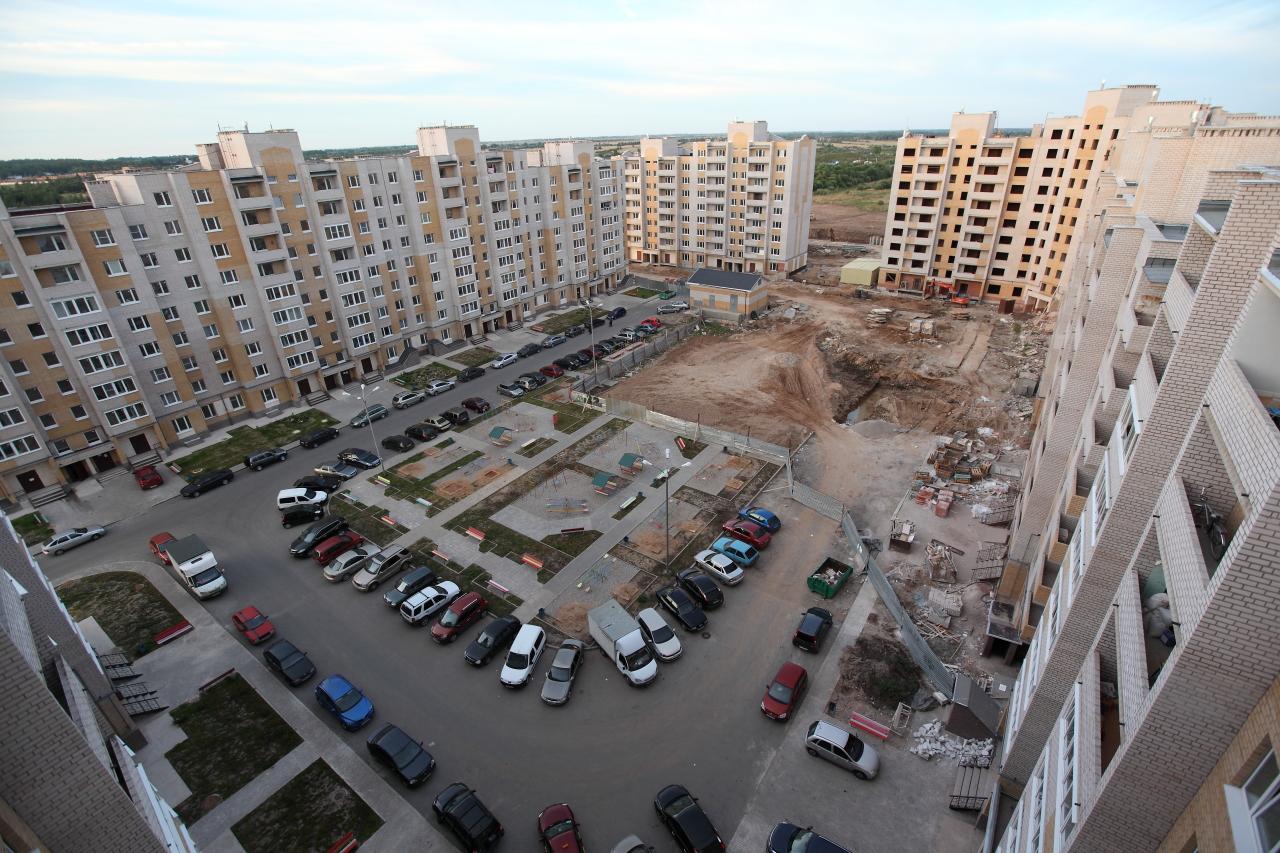 Михаил Кривый.  Когда покупал квартиру показывали такую же красивую схему двора и прилегающих территорий.