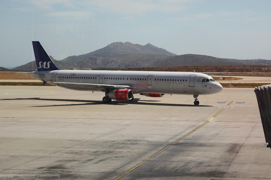 Airbus A321-232 Scandinavian Airlines в аэропорты Афин.