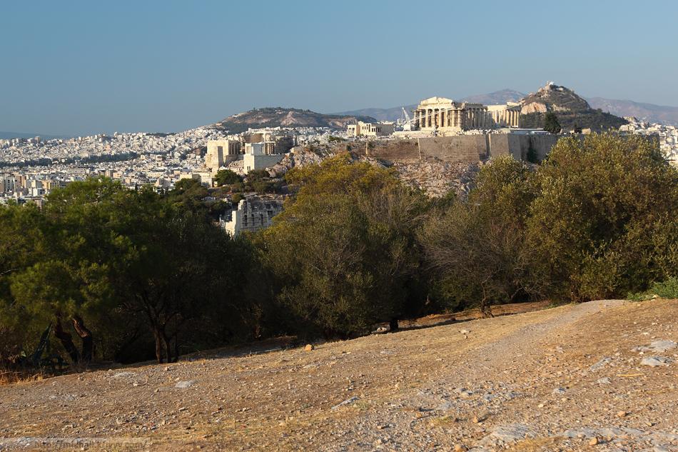 Для порядка - Афинский Акрополь.