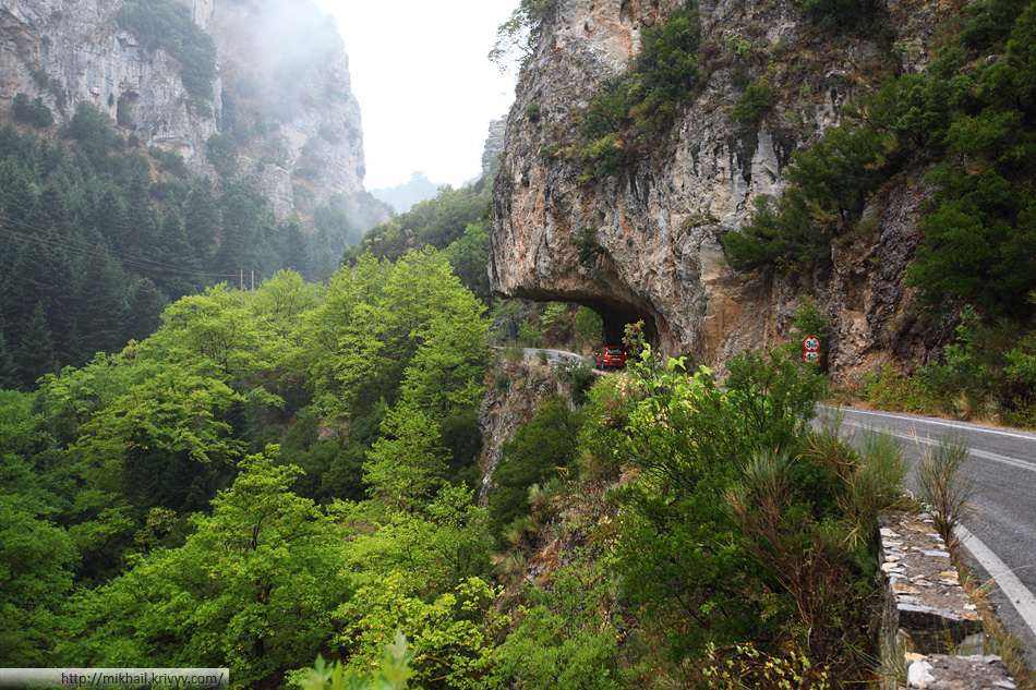 Дорога Каламата - Спарта, Греция.