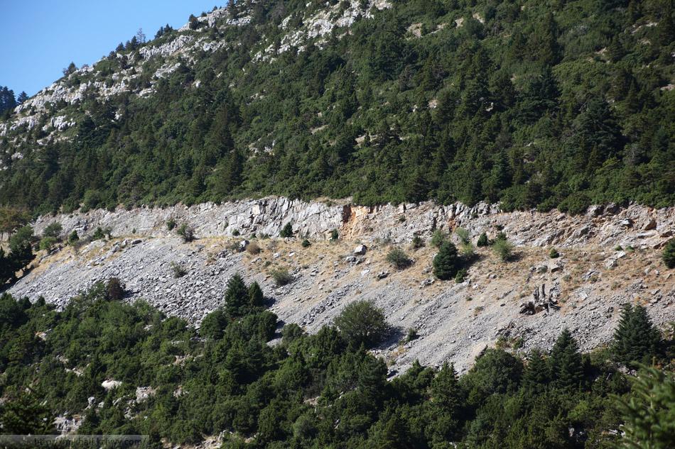 По дороге из Моневмасии в Эпидавр. Горы в районе Leonidio.