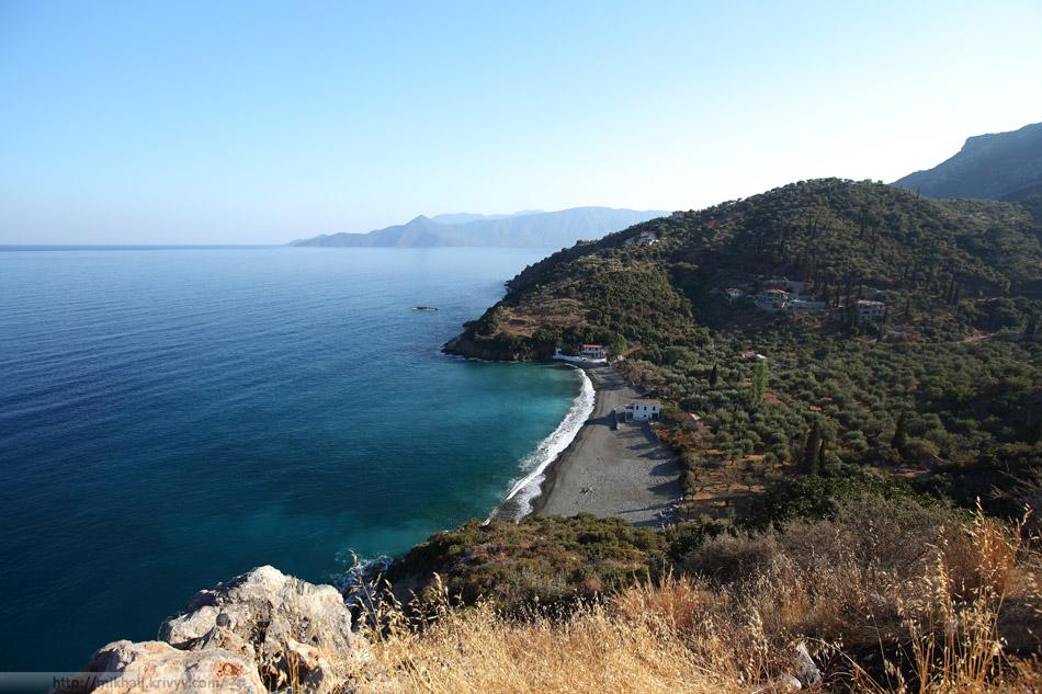По дороге из Моневмасии в Эпидавр. Хребет пересекли, выбрались к морю.