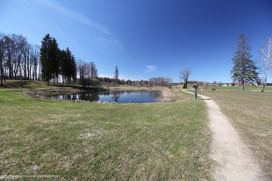 Общий вид загородного парка Пюхаярве.