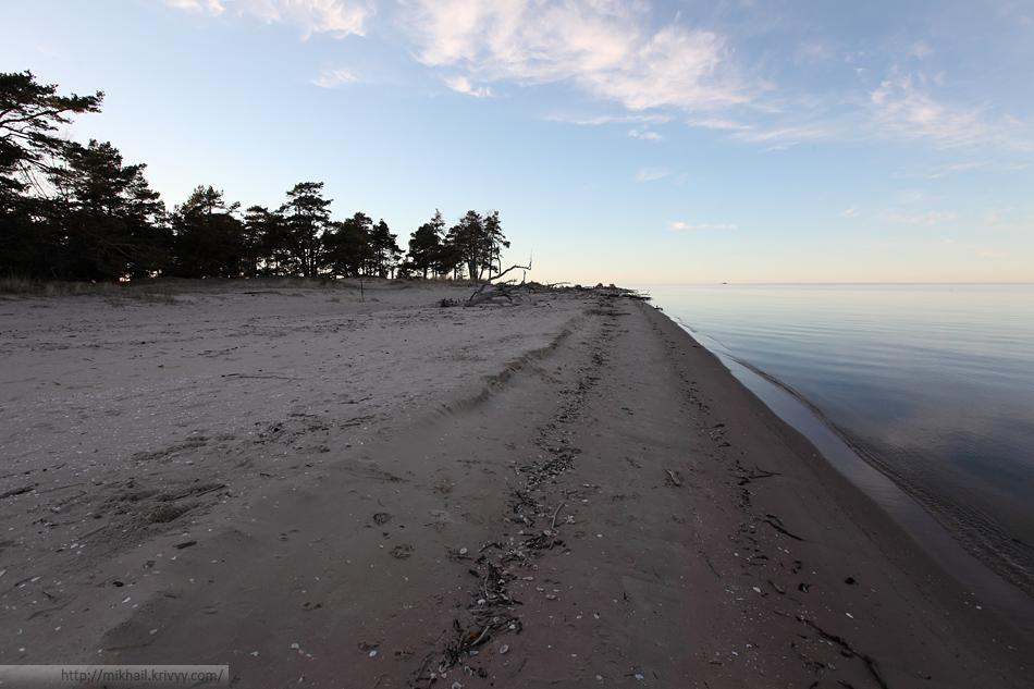 Вид в обратную сторону. Так заканчивается Рижский залив.