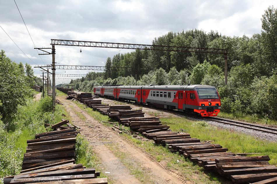 Сейчас тут ходит три пары пригородных в день. Два до Новолисино и один до Витебского вокзала.