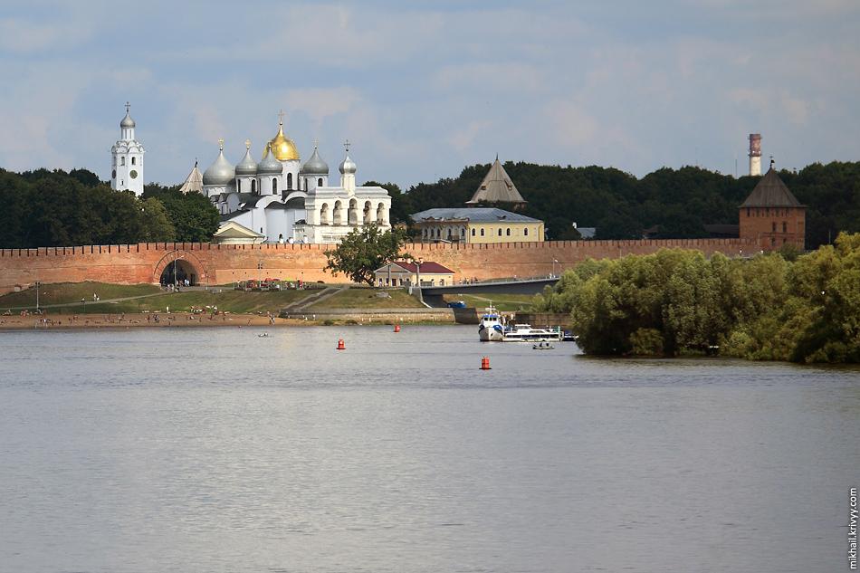 Кремль, Волхов, пляж.