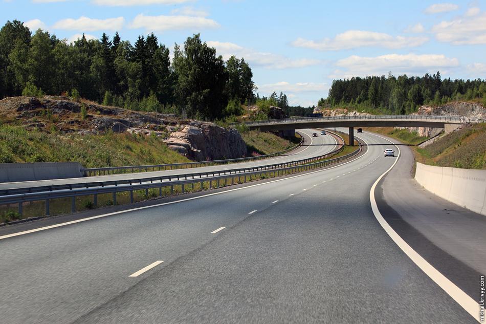 Автомагистраль E18 между Хельсинки и Турку.