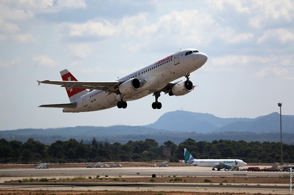 12:25, Airbus A320-214 HB-IJK, Swissair. Рейс EDW1487, Palma de Mallorca (PMI) - Geneva (GVA)