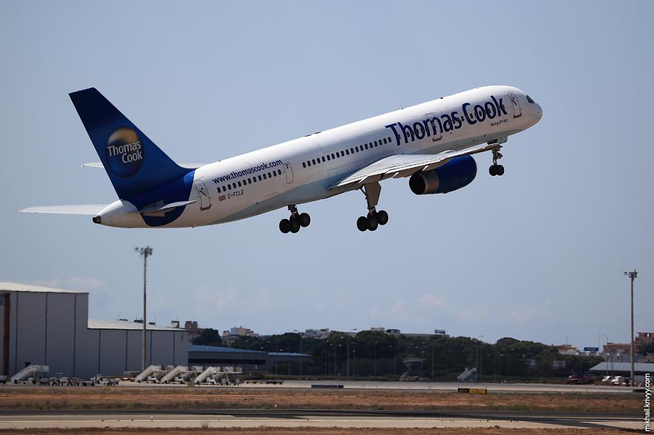 12:26, Boeing 757-28A G-FCLE, Thomas Cook Airlines. Рейс MT3475, Palma de Mallorca (PMI) - Glasgow (GLA)