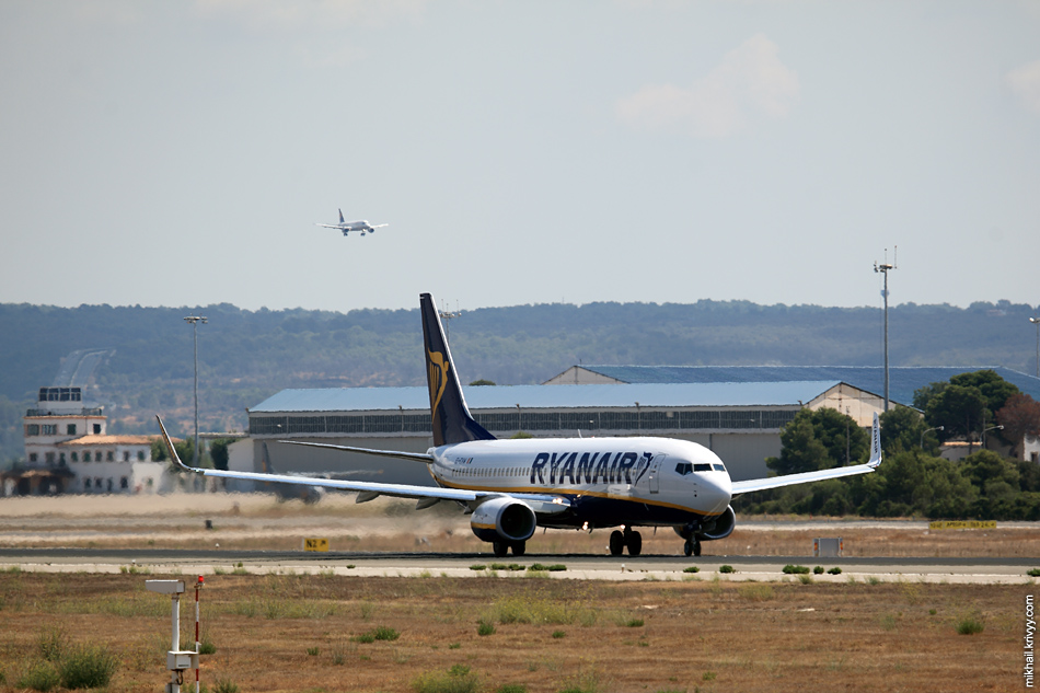 12:36, Boeing 737-800 EI-EVW, Ryanair. Рейс FR2163, Palma de Mallorca (PMI) - Birmingham (BHX)