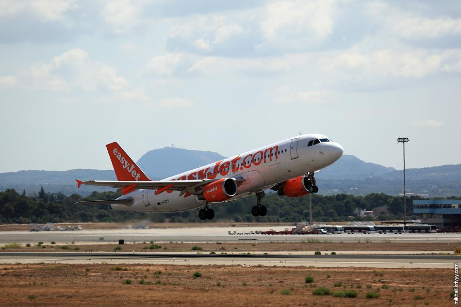 12:41, Airbus A320-214 G-EZTG, easyJet. Рейс U22742, Palma de Mallorca (PMI) - Milan (MXP)