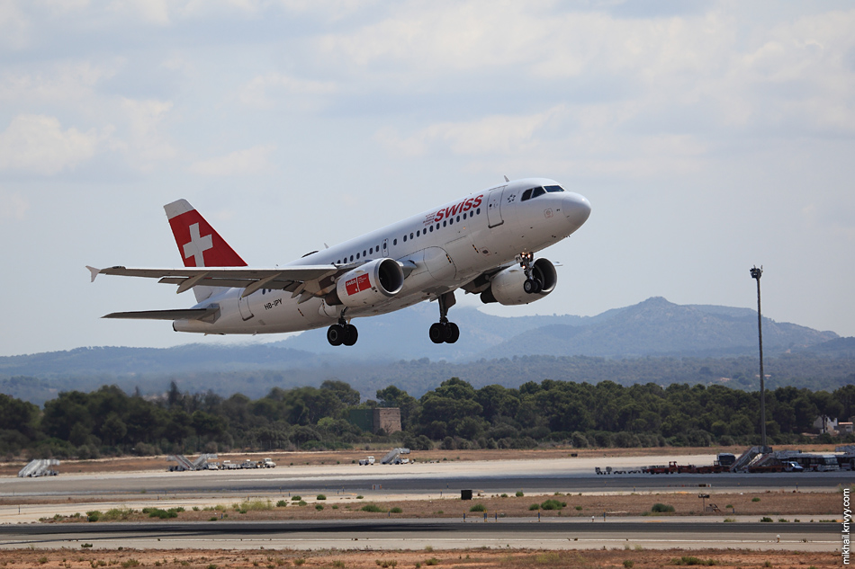 13:04, Airbus A319-112 HB-IPY, Swissair. Рейс LX2149 , Palma de Mallorca (PMI) - Geneva (GVA)